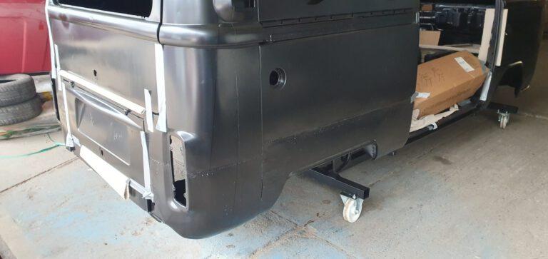 VW Bus Entlackung n1